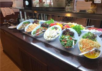 Salatbuffet Blau Punta Reina Resort